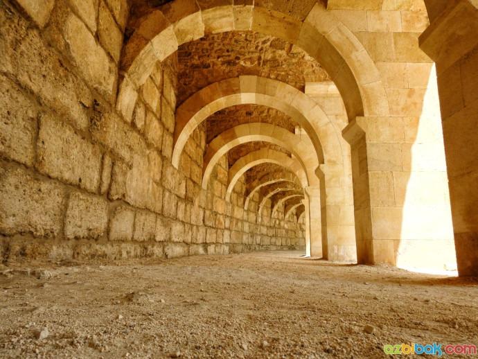 Aspendos Antik Kenti Tarihi : Aspendos antik kenti hakkında bilgi aspendos antik tiyatrosu nerede